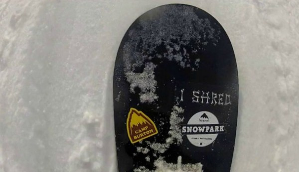 I SHRED BURTON SNOWPARK VOL.3